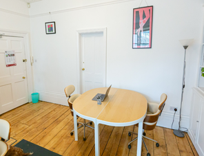 Two desk spaces available in central Brighton image2